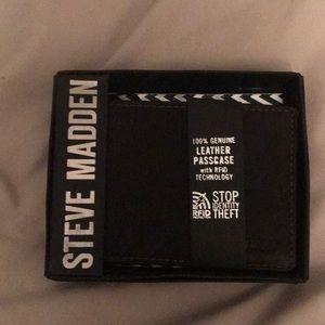 NEW Steve Madden Wallet